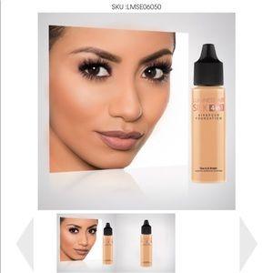Luminess Air Makeup